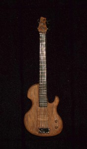 Magnus Guitars I Martin Wieland Custom Bass